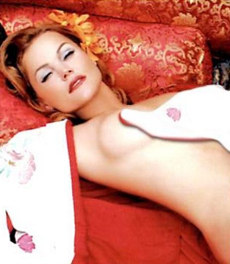 Belinda Carlisle desnuda en Playboy Celebrity