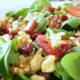 SPINACH, STRAWBBERRY AND WALNUT SALAD WITH LEMON POMEGRANATE VINIAGRETTE
