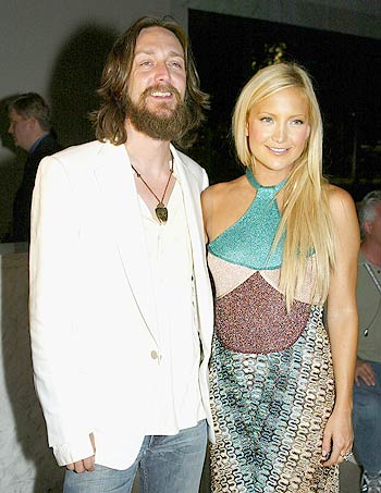 All Time Top 10 Celebrity Mismatched Couples