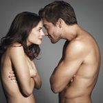 Love and Other Drugs promo shot (source: socialitelife.com)