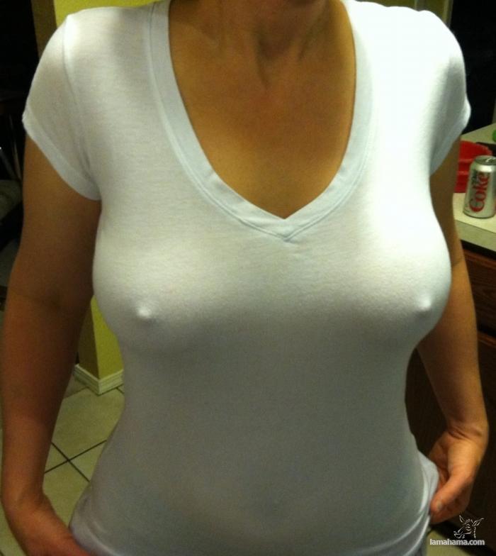 Breast with no bra