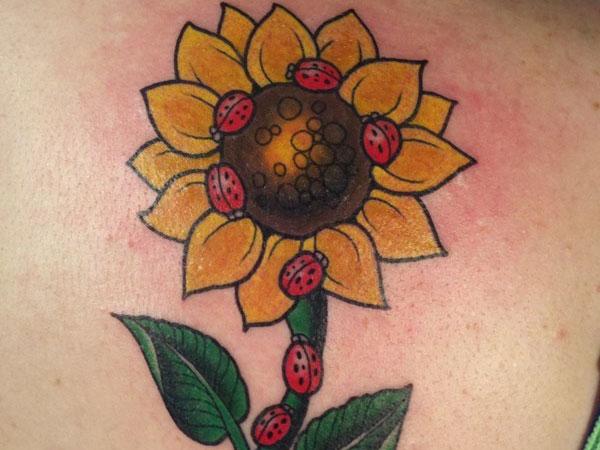 sunflower-back-tattoo