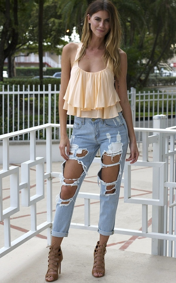 crop top outfits for girls (47)