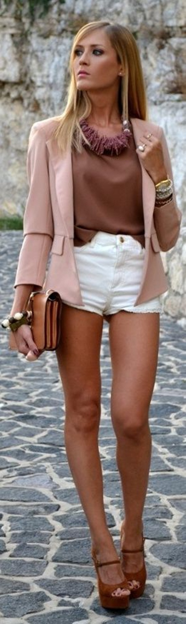 what to wear with high waisted shorts (4)