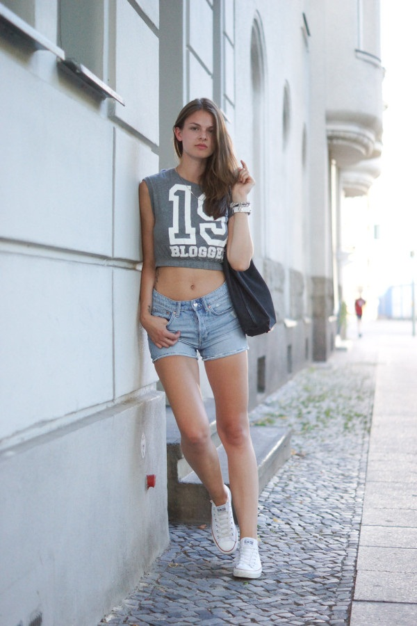 what to wear with high waisted shorts (45)
