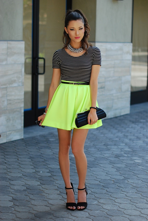 neon outfits (103)