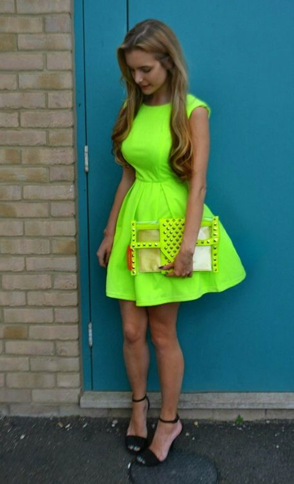 neon outfits (104)