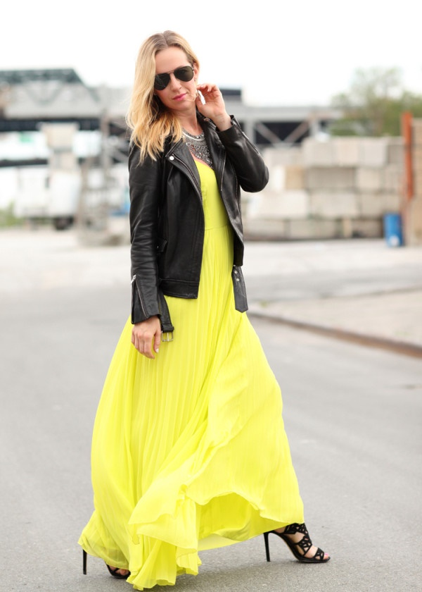 neon outfits (34)