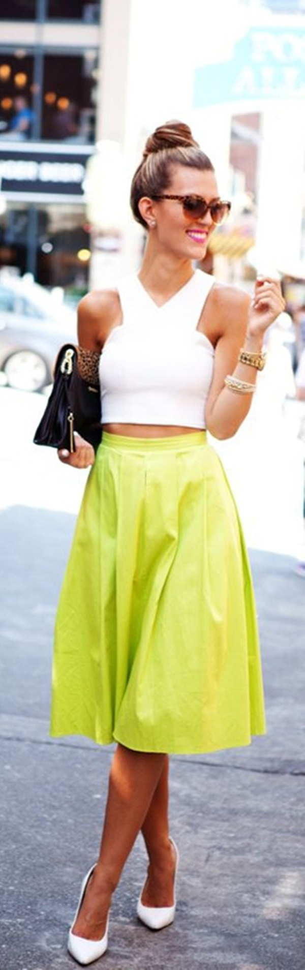 neon outfits (56)