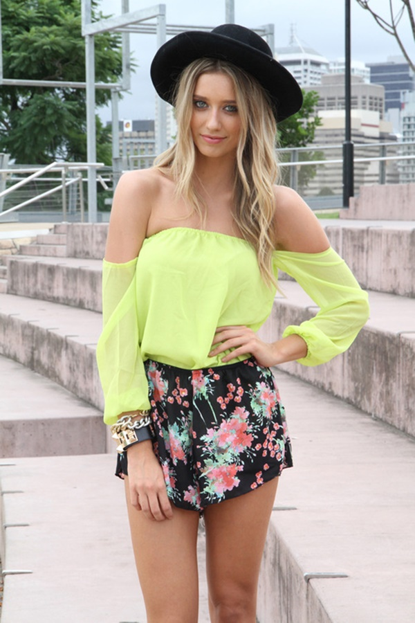neon outfits (62)