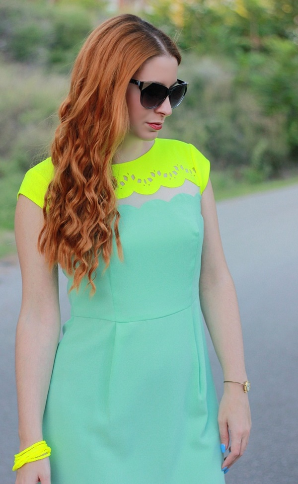 neon outfits (64)