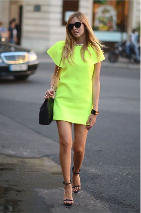 neon outfits (65)