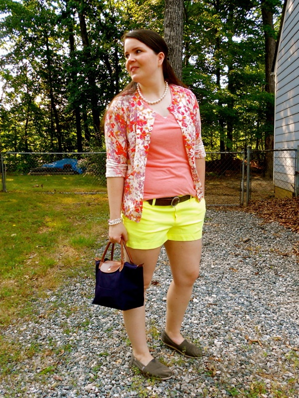 neon outfits (83)