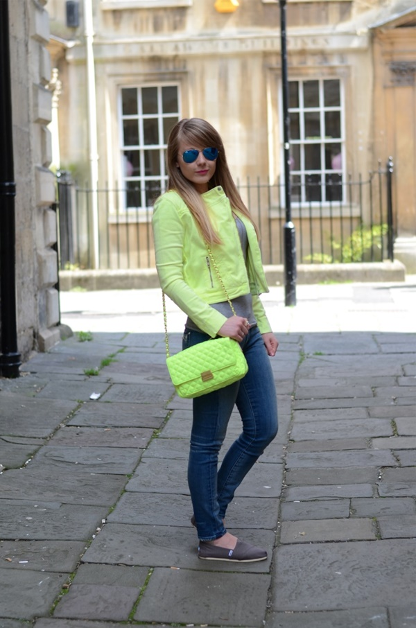 neon outfits (85)
