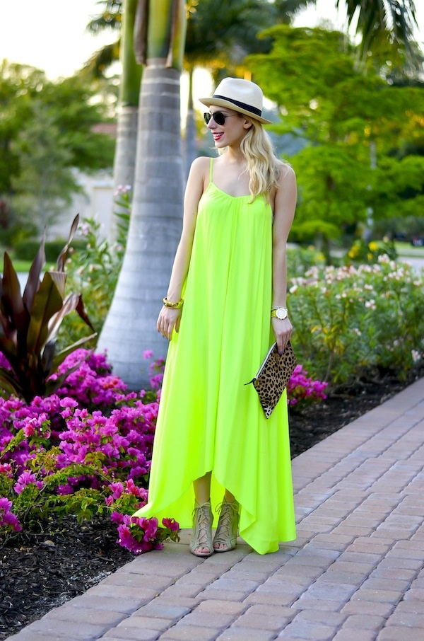 neon outfits (87)