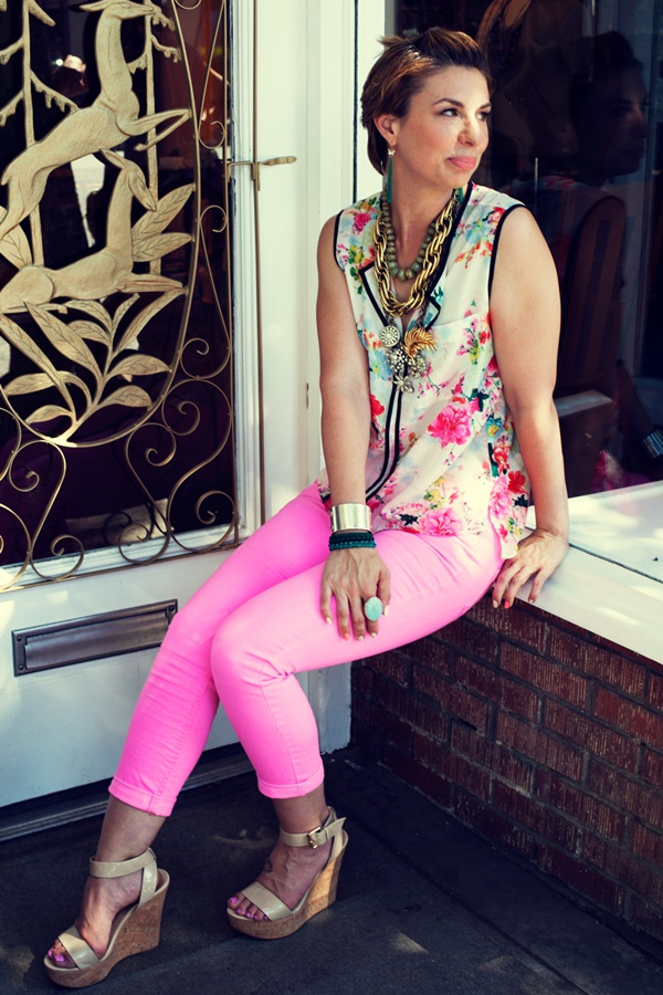 neon outfits (92)