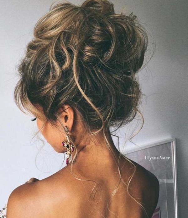messy-bun-hairstyles-29