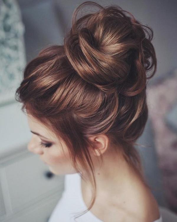 messy-bun-hairstyles-3