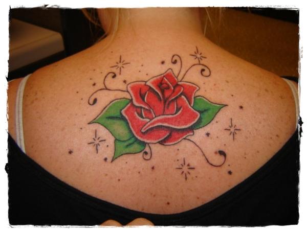 rose-tattoos-for-girls