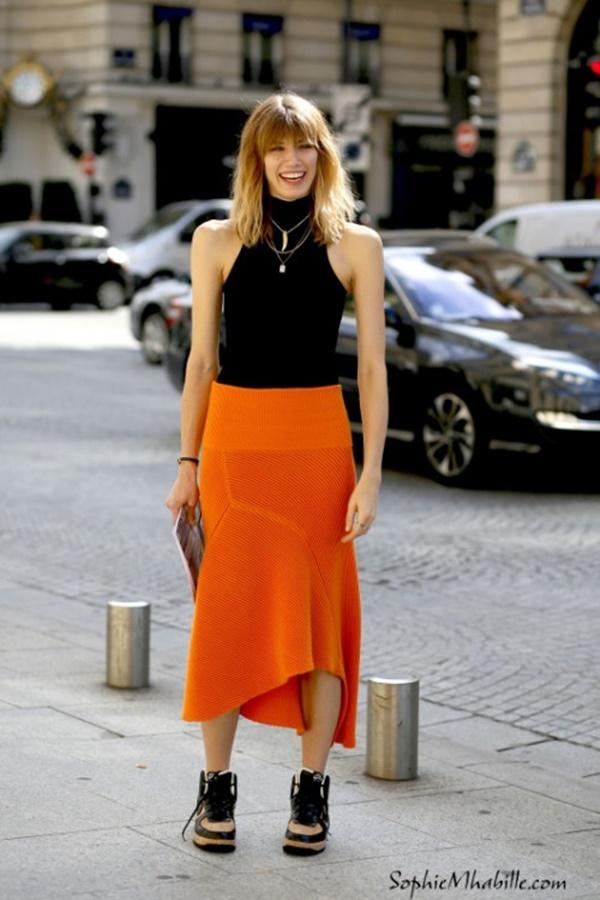 girls in long skirt (72)