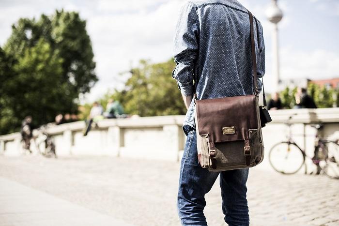 5. messenger bag
