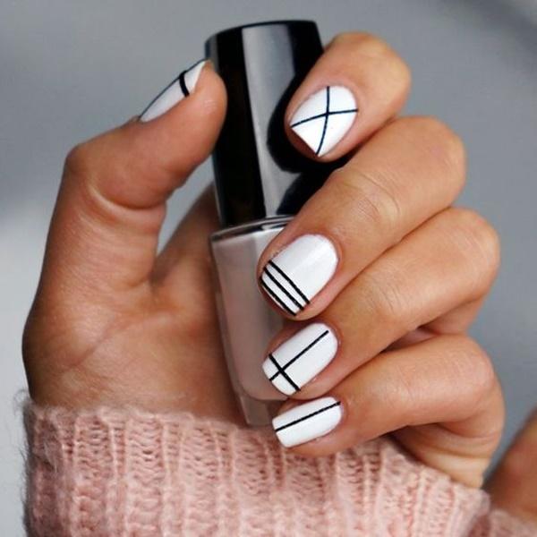 black-and-white-nail-art-41