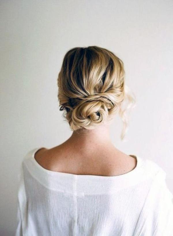 messy-bun-hairstyles-21