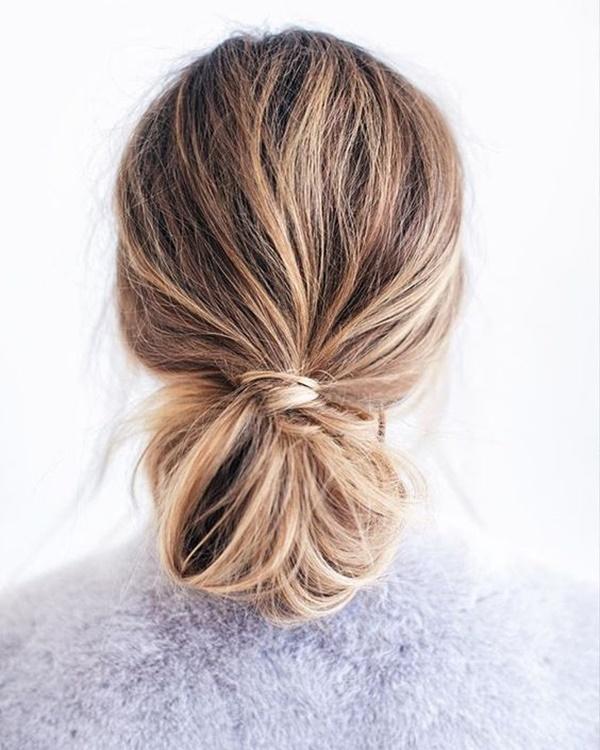 messy-bun-hairstyles-28