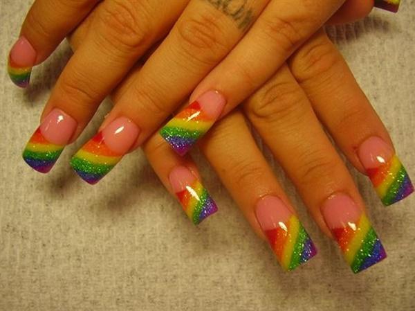raibow-nail-art-designs-15