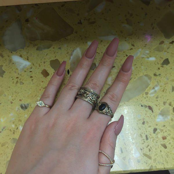 Matte brown artificial nails