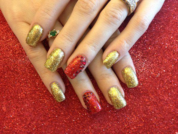 Colorful glitters for false nails
