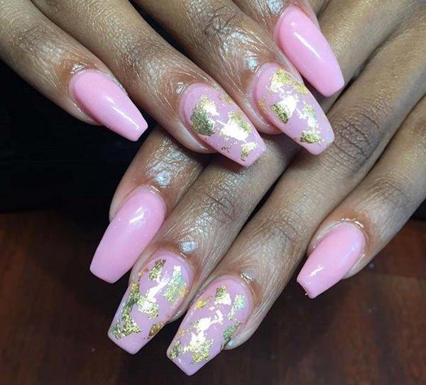 Pink and maps fake nails